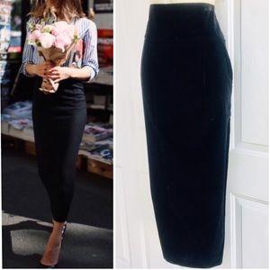 Vintage Black High Waisted Velvet Pencil Skirt 4 6